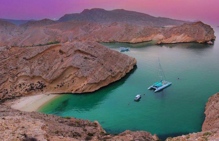 oman ocean bay sailing view