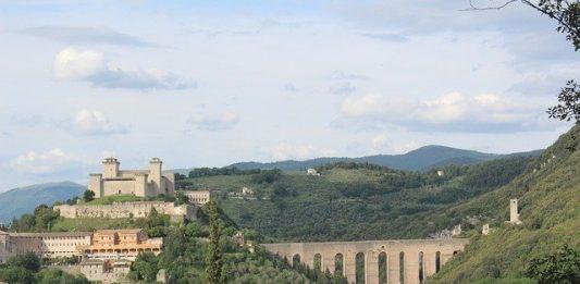 itinerario moto umbria spoleto tre valli umbre valnerina