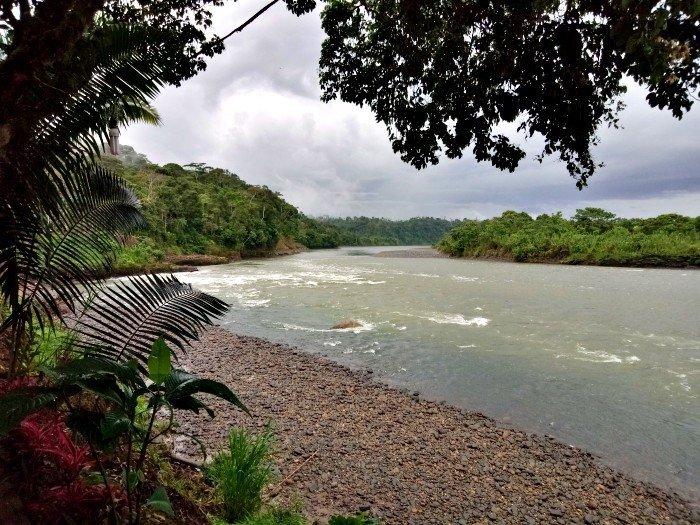 Ecuador in moto - Rio Pastaza