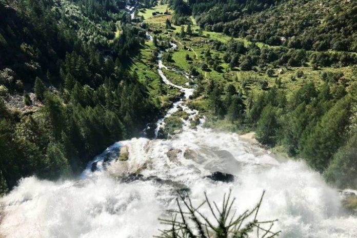 Cascata del Toce - Alta Val Formazza in moto