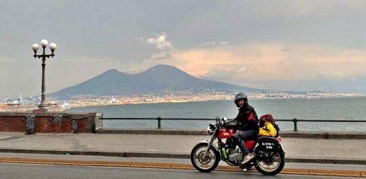 Napoli Giro Italia in moto