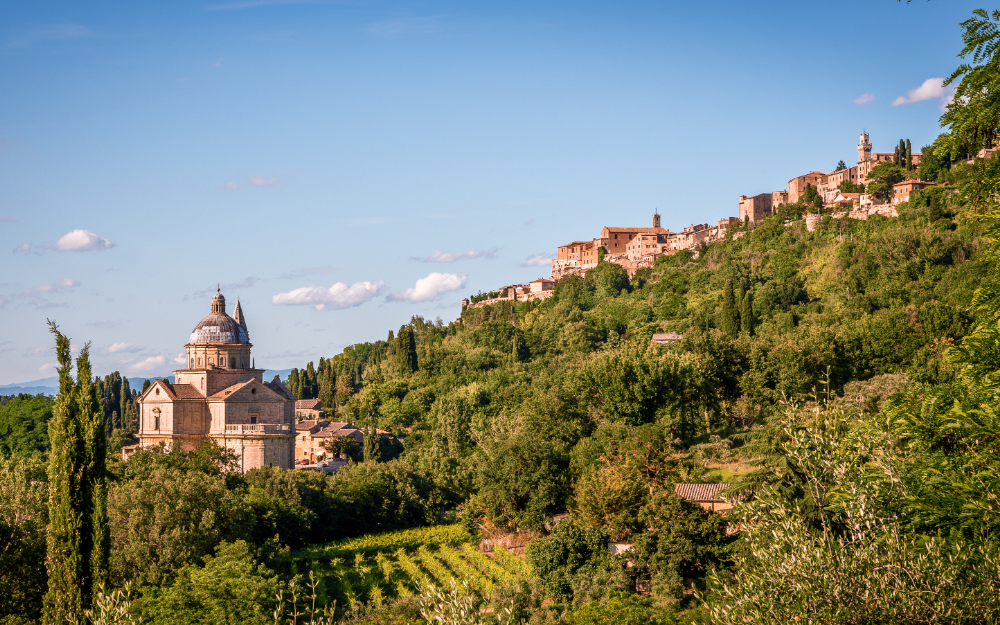 Montepulciano itinerario moto bici toscana - San Biagio
