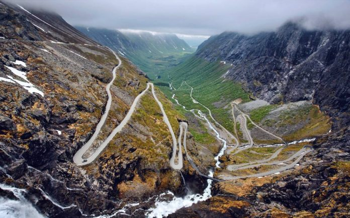 Norway Drive - Ph. Land Rover Italia