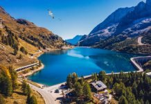 passo lago fedaia dolomiti in moto itinerario percorso giri vacanze