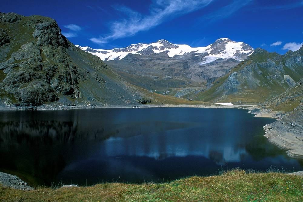 Lago Gabiet Val D'Aosta in moto bici percorso itinerario