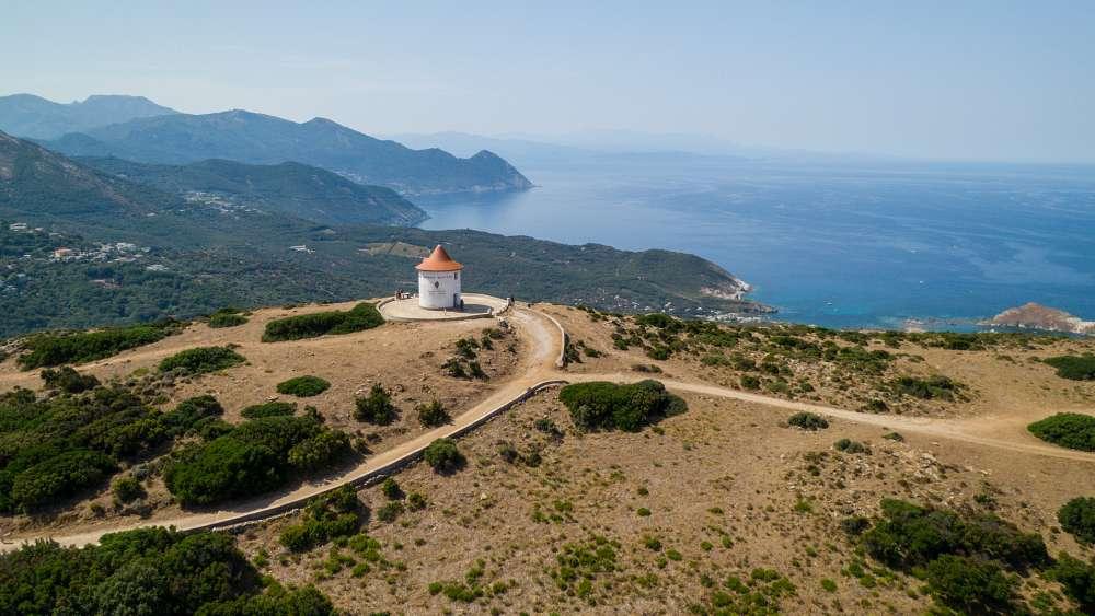 corsica moto bici guida itinerario percorso vacanza weekend mare spiagge