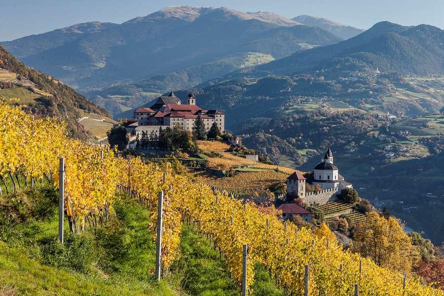 Monastero di Sabiona chiusa valle isarco alto adige
